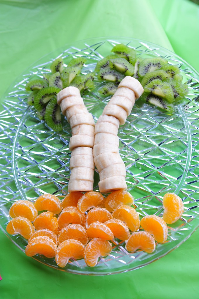 Fruit palm platter