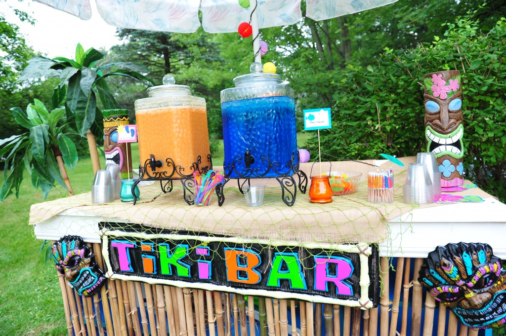 Tiki bar closeup 2