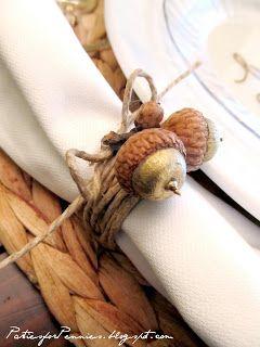 Acorn napkin ring