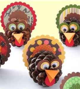Pine cone owl place cards