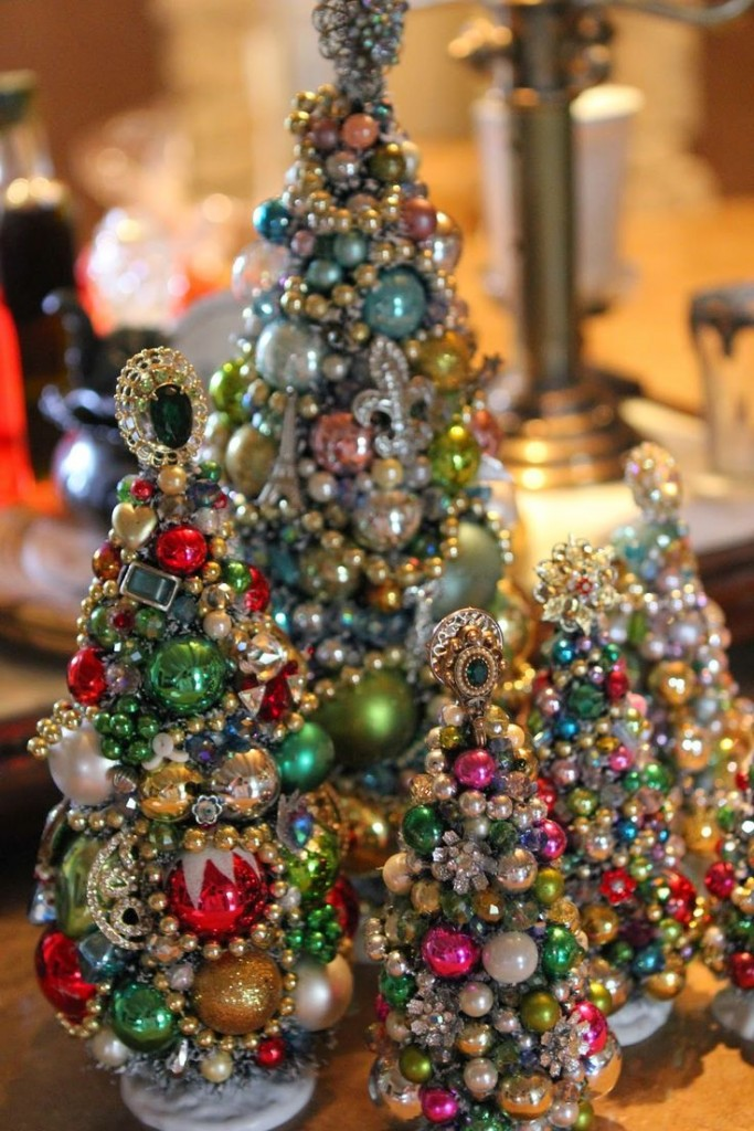 Vintage jewelry Christmas trees