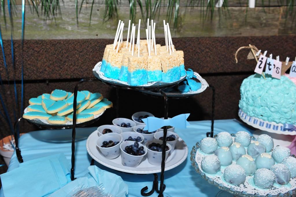 Gender reveal blue desserts